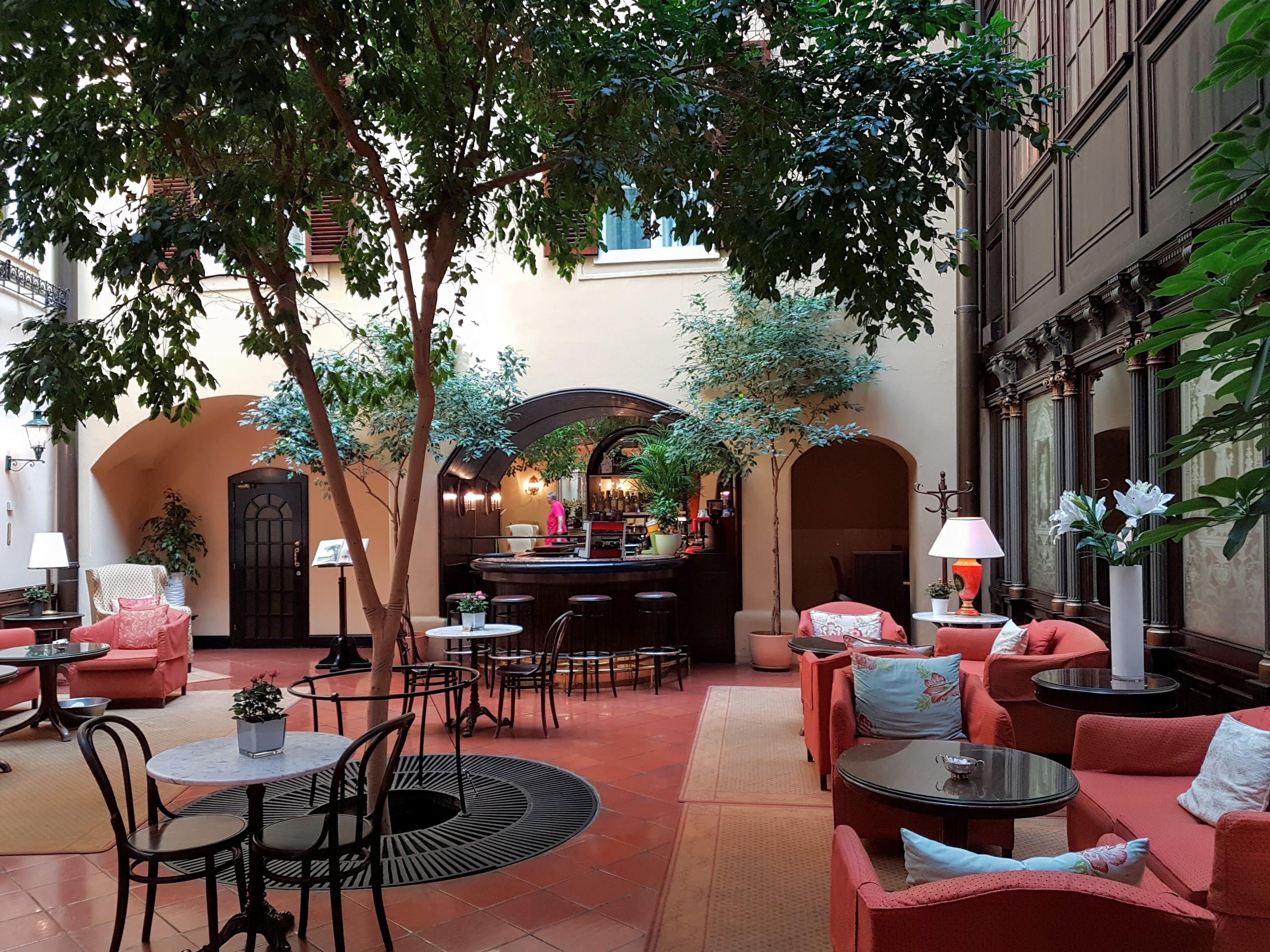 hotel König von Ungarn, placescases.com