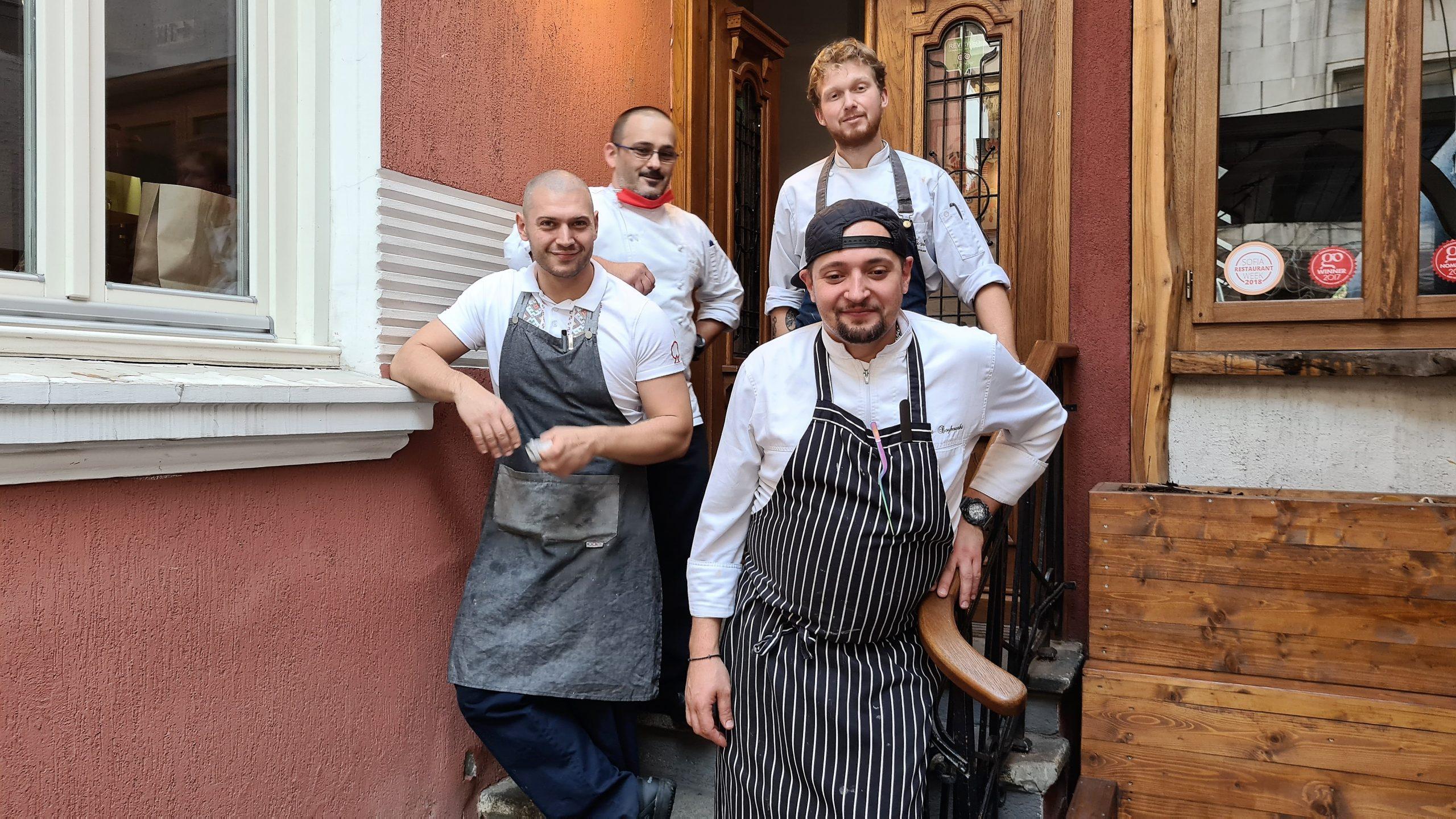 Екипът на шеф Великов и шеф Бойковски в Готваринцата